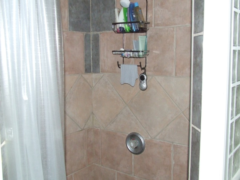 Custom shower 3